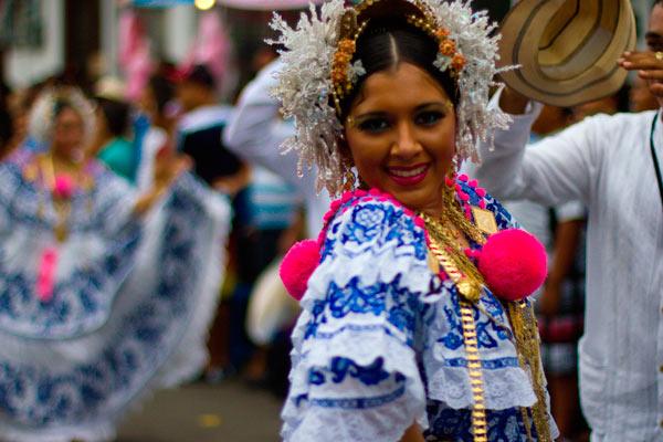 Traje típico de Panamá | Para hombre y mujer