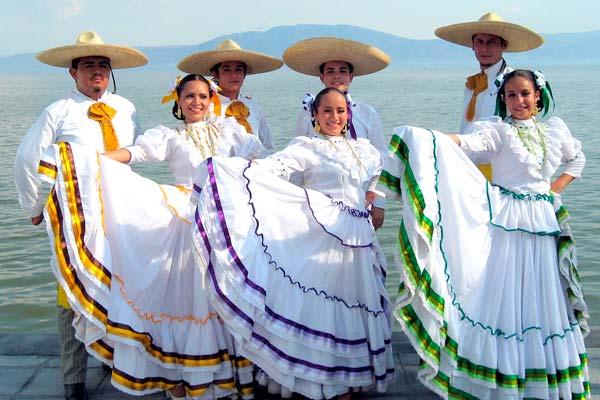 Traje Típico De Veracruz
